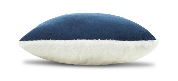 Warm Hug Cushion Xmas